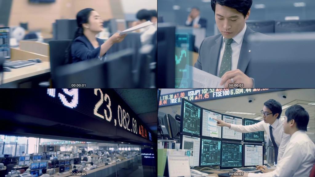 银行证件交易视频素材下载