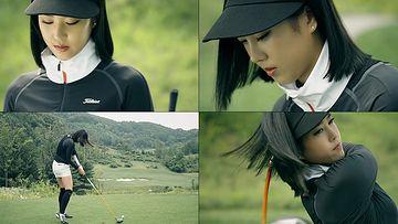 打高尔夫球的女人