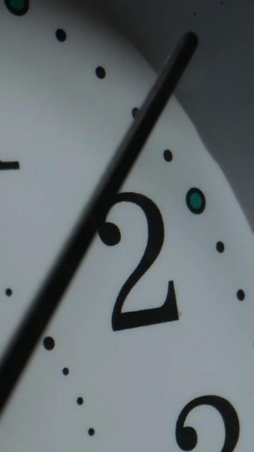 时间时针经过2点