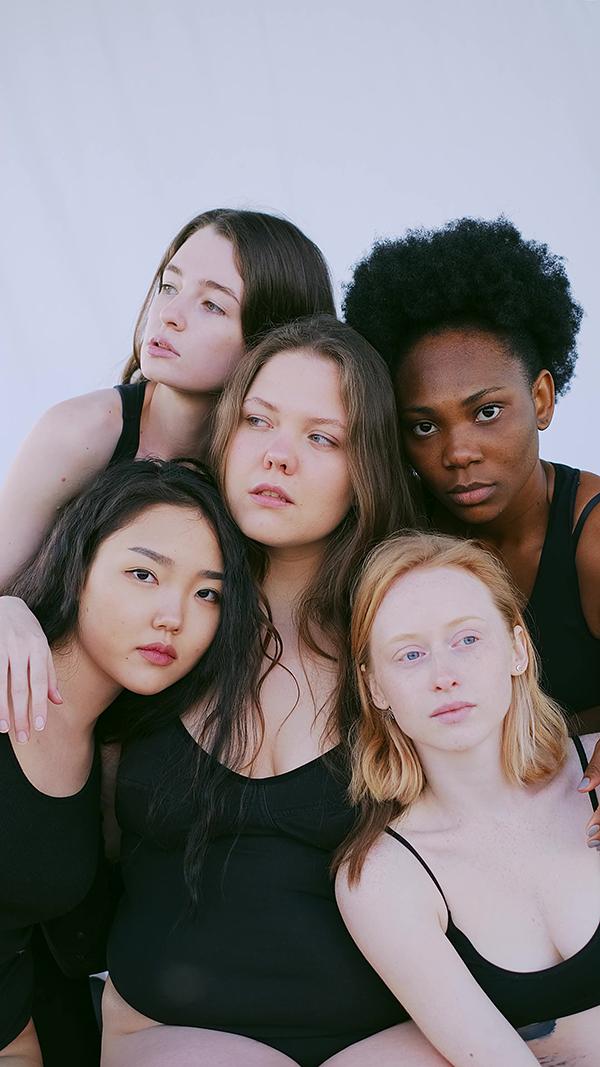 不同肤色种族的女人视频素材