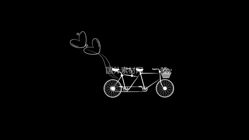 自行车拉着爱心气球视频素材