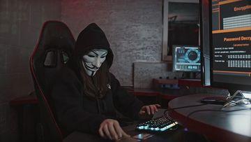 黑客在破解银行卡视频素材