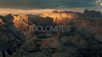 意大利多洛米蒂山脉4K无人机视频素材