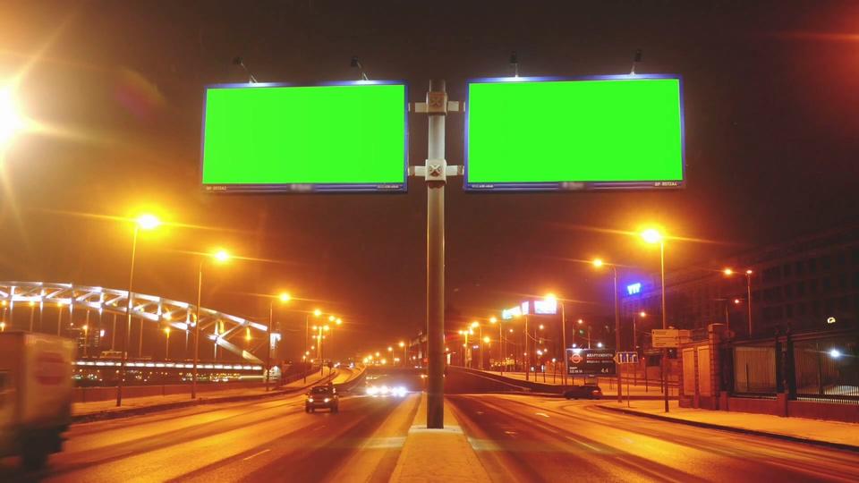夜景公路上的双屏液晶广告牌绿幕视频素材