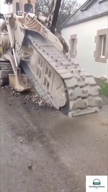 挖掘机修路视频素材