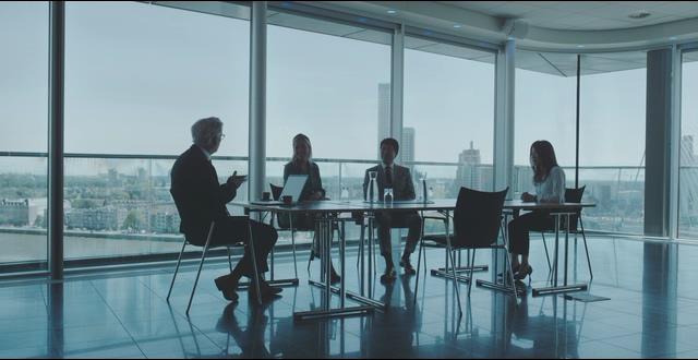 4K商务楼里在洽谈业务的人视频