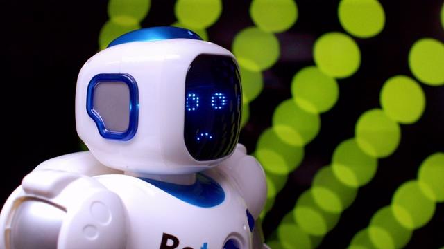 人工智能机器人侧面特写视频素材