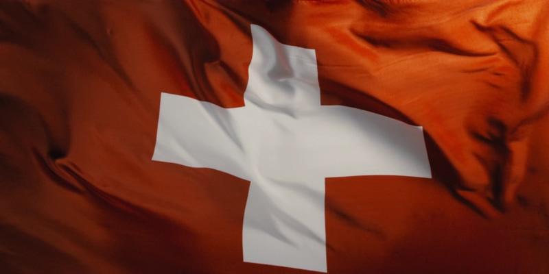 4K瑞士国旗全屏迎风飘扬