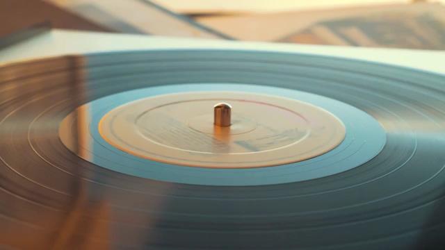 旋转的唱片免费视频素材